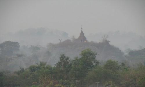 Zdjecie MYANMAR / Mrauk U / Mrauk U / poranek