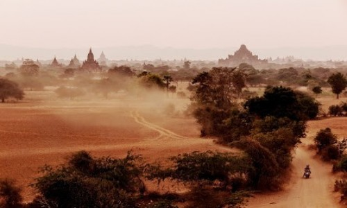 MYANMAR / - / Bagan / Bagan off_road