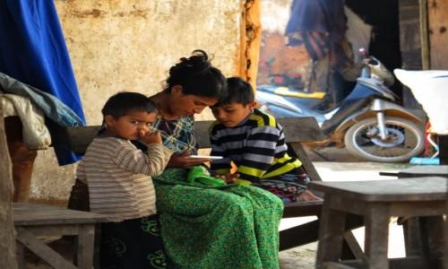 Zdjecie MYANMAR / Inle Lake / Inle / Sjesta
