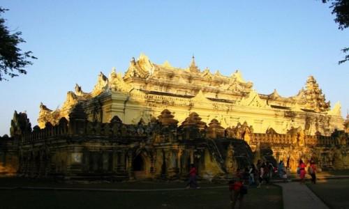 Zdjecie MYANMAR / okolice Mandalay / Inwa (Ava) / Maha Aungmye Bonzan Kyaung