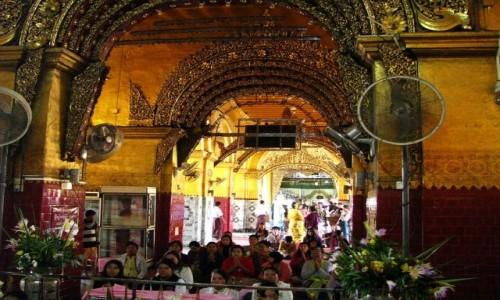 Zdjęcie MYANMAR / Mandalay / Mandalay / Mahamuni Paya