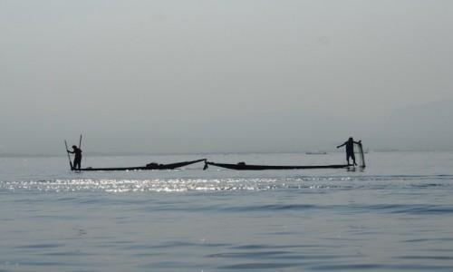 Zdjęcie MYANMAR / Inle / Inle lake / Rybacy