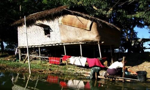 Zdjecie MYANMAR / stan Shan / jezioro Inle / wycieczka canoe po kanałach otaczających Inle