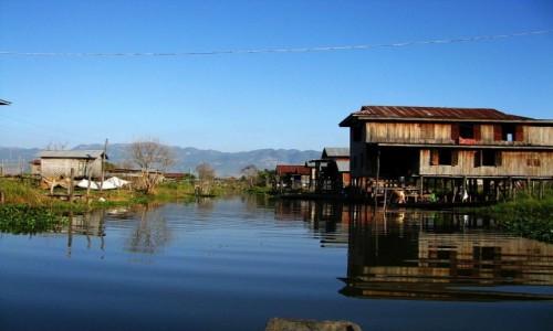 Zdjęcie MYANMAR / stan Shan / jezioro Inle / wycieczka canoe po kanałach otaczających Inle