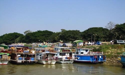 Zdjecie MYANMAR / Mandalay / Mandalay / przystań promowa