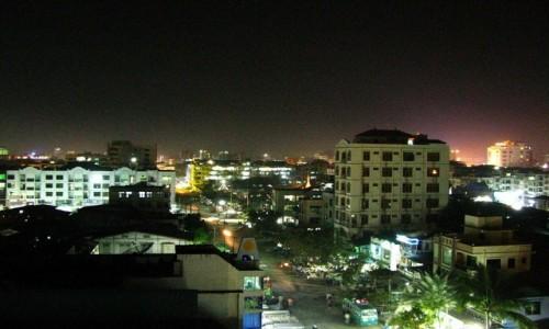 Zdjecie MYANMAR / Mandalay / Mandalay / Mandalay nocą