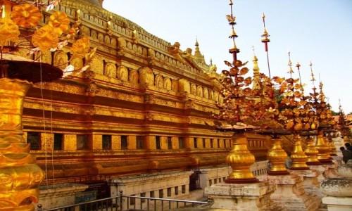 Zdjęcie MYANMAR / centralny Myanmar / Bagan / Shwezigon Paya