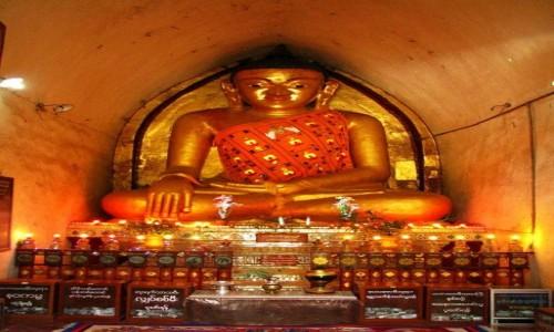 Zdjęcie MYANMAR / centralny Myanmar / Bagan / Mahabodhi Paya - posąg Buddy