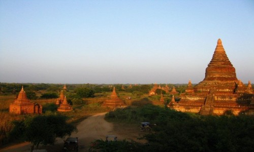 Zdjecie MYANMAR / centralny Myanmar / Bagan / pagody Baganu