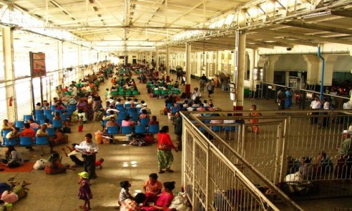 Zdjecie MYANMAR / Yangon / Yangon / dworzec kolejowy