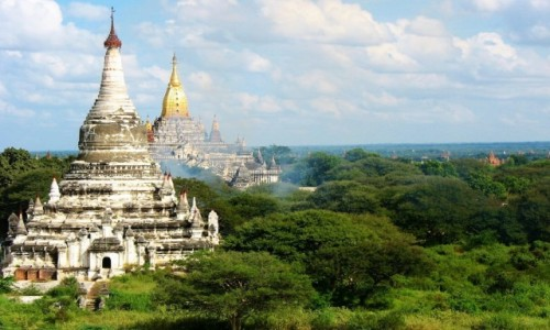 Zdjecie MYANMAR / Prowincja Mandalay / Świątynie w Bagan (Pagan) / Jedno z najbardziej niezwykłych miejsc w Azji