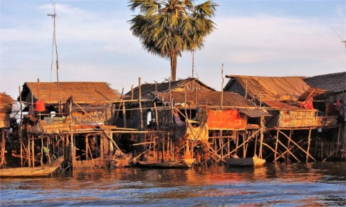 Zdjecie MYANMAR / dystrykt Taunggyi / Jezioro INle / Jedno z najciekawszych jezior - INLE