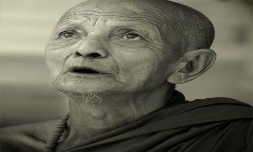 Zdjecie MYANMAR / YANGON / Shwedagon Paya temple / ***