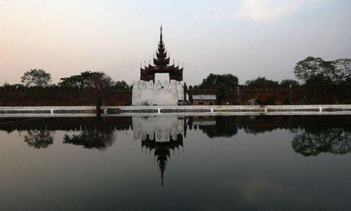 Zdjecie MYANMAR / brak / YANGUN Pałac Królewski / YANGUN