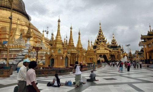 MYANMAR / brak / Yangon (Rangun) / Pagoda Shwedagon