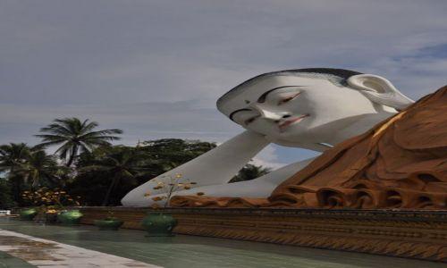 MYANMAR / brak / Bago  / Odpoczywajacy Budda
