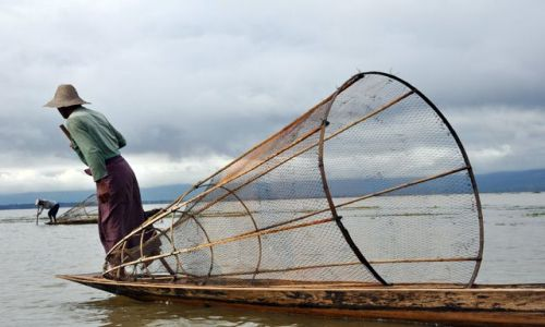 Zdjęcie MYANMAR / brak / Inle Lake / ..i jeszcze raz rybak i Inle Lake ..