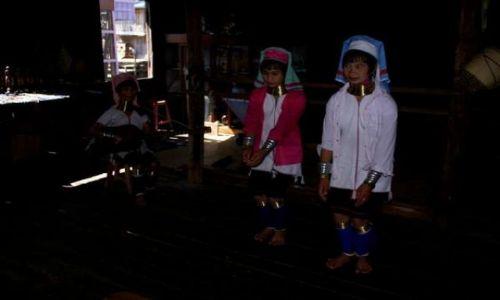 Zdjecie MYANMAR / Jezioro Inle / Nyaung Shwe / Kobieta-żyrafa