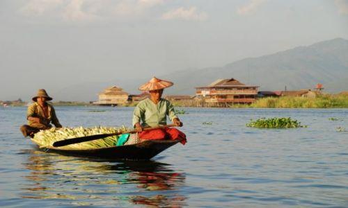 Zdjęcie MYANMAR / Jezioro Inle / Jezioro Inle / Płyniemy na targ