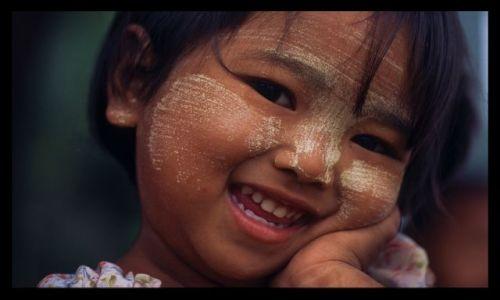 Zdjecie MYANMAR / Mandalay / Mingun / Birma 12