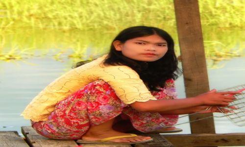 Zdjęcie MYANMAR / Prowincja Shan / Jezioro Inle ( Inle lake ) / dziewczyna jeziora