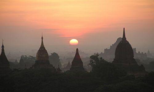 Zdjecie MYANMAR / - / Bagan / Wschod