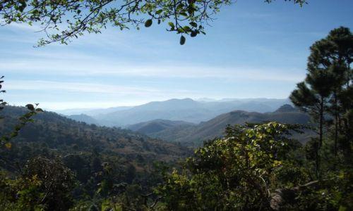 Zdjęcie MYANMAR / Okolice jeziora Inle / gdzieś pomiędzy Kalaw a Nyaungshwe / ... na przełęczy ...