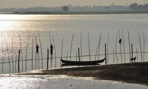 Zdjecie MYANMAR / - / Anarapura / Nad Irrawady