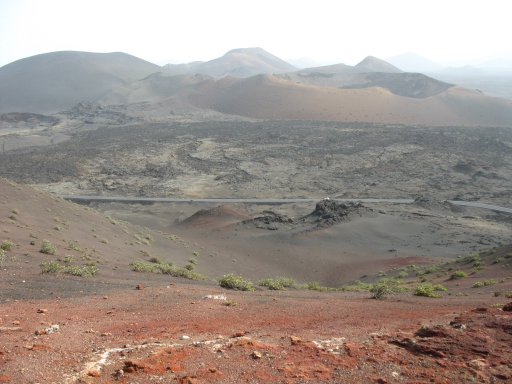 """Zdjęcia: Lanzarote, Hiszpania, Przestrzeń na """"Marsie"""", NADDNIESTRZE"""