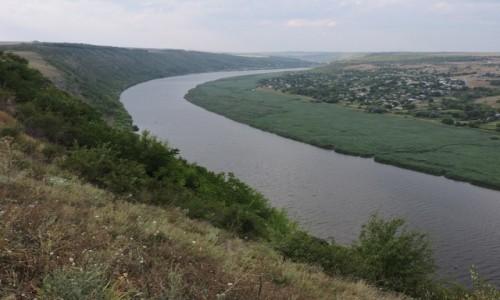 Zdjęcie NADDNIESTRZE / Zazuleni / Popencu / Widok na Naddniestrze (prawa strona kadru)