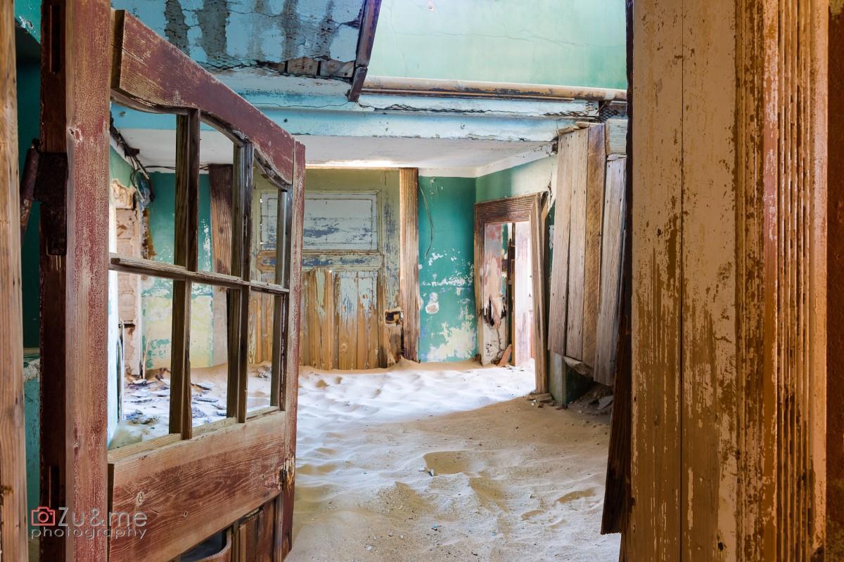 Zdjęcia: Kolmandskop (Luderitz), Posprzątaj w salonie, NAMIBIA