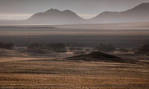 Zdjecie NAMIBIA / Namib-Naukluft / Namib-Naukluft / pod światło
