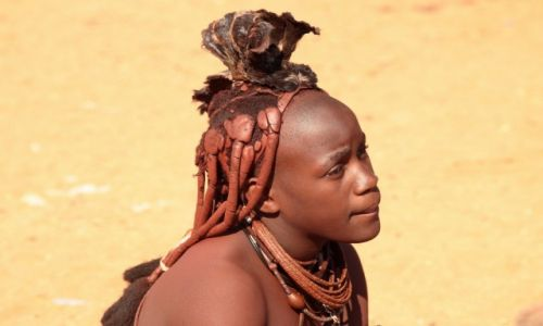 Zdjecie NAMIBIA / - / Wioska namibijska / Zamyślona