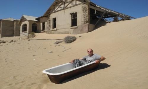 Zdjecie NAMIBIA / pd Namibia / Kolmanskop / Jedna z kąpieli