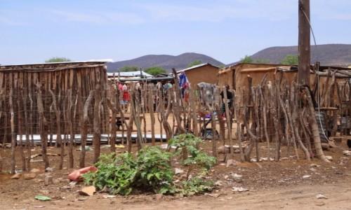 Zdjecie NAMIBIA / Kunene / Centrum Opuwo / Opuwo, prawie centrum, tuż za supermarketem