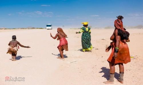 Zdjecie NAMIBIA / - / Uis / Można powiedzieć, że oni żyja z turystyki