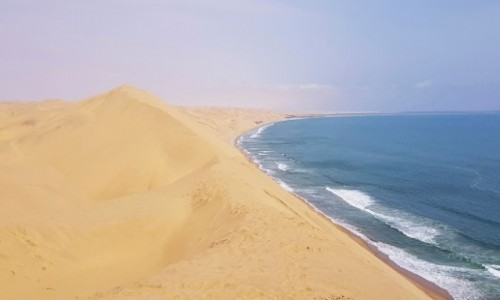 NAMIBIA / Zachodnia Namibia / Wybrzeże w okolicy Walvis Bay / Tam gdzie pustynia spotyka wodę