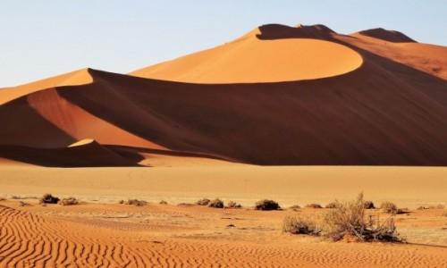 NAMIBIA / Pustynia Namib / Park Narodowy Namib Naukluft / Blaski i cienie