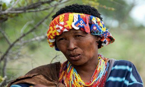 Zdjecie NAMIBIA / Tsumkwe / Tsumkwe / Buszmenka