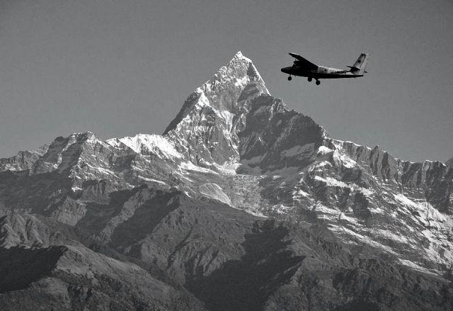 Zdjęcia: Pokhara, Dotknąć szczytu ..., NEPAL
