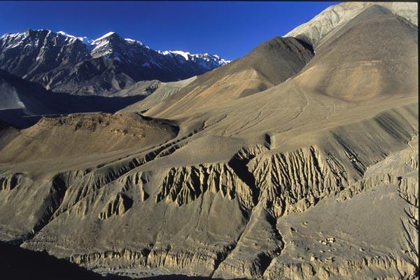 Zdjęcia: Szlak wokół Annapurny, Rzeźby zboczy Himalajów, NEPAL