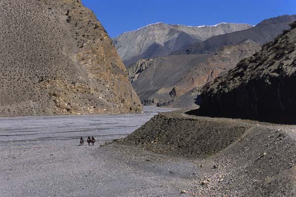 Zdjęcia: Szlak wokół Annapurny, Koryto rzeki Kali Gandaki, NEPAL