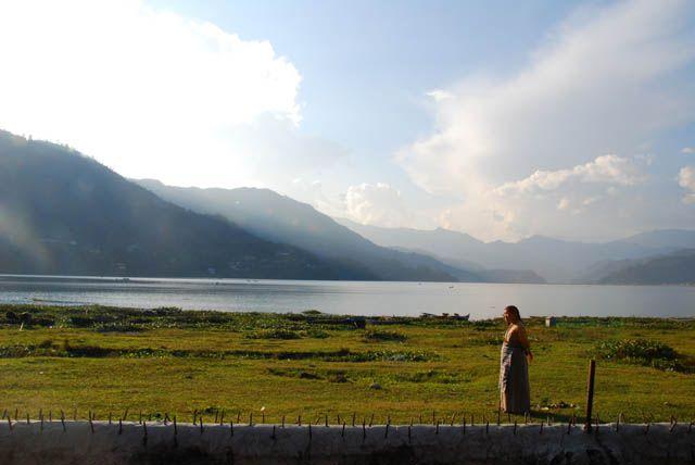 Zdjęcia: Pokhara, jezioro Phewa Tal, NEPAL