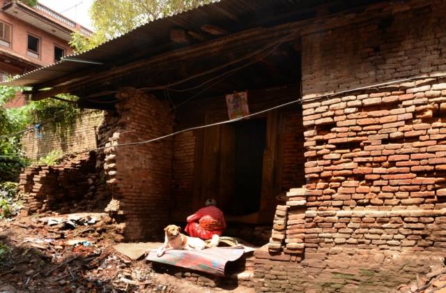 """Zdjęcia: Bhaktapur, Dolina Kathmandu, """"to nadal nasz dom..."""", NEPAL"""