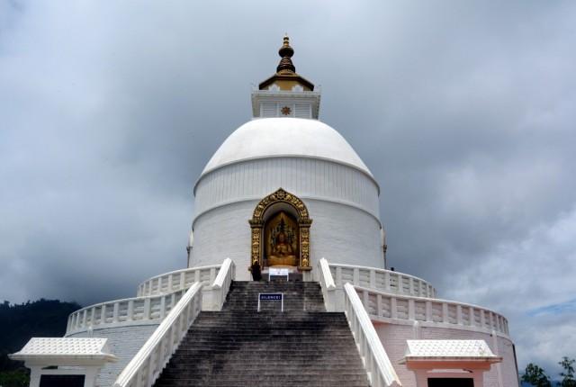 Zdjęcia: Pokhara, NEPAL CENTRALNY, Stupa Pokoju, NEPAL