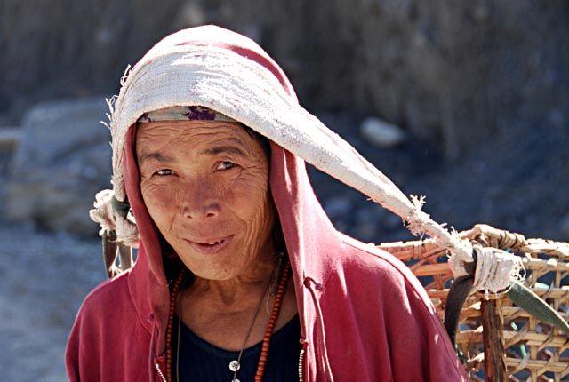 Zdjęcia: chyba gdzies kolo Bhraga, Himalaje, wszystko na mojej glowie, NEPAL