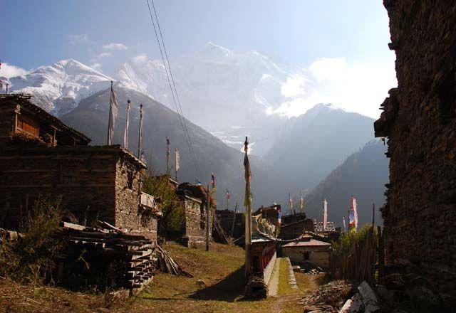 Zdjęcia: Upper Pisang, Himalaje, miasteczko 3310mnpm, NEPAL