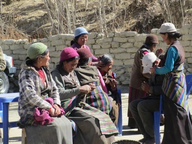 NEPAL / Upper Mustang / Choser / Mustang-życie w górach