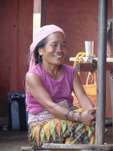 Zdj�cia: Sarangkot, kobieta Nepalu, NEPAL