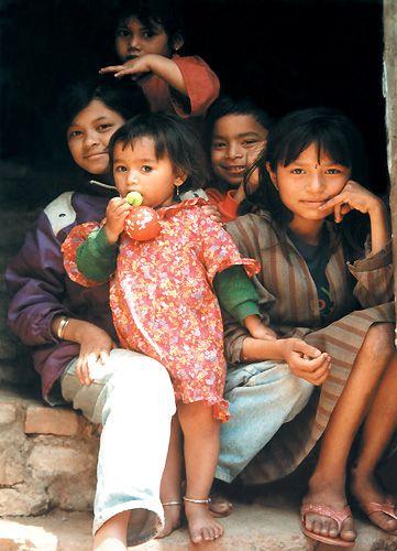 Zdjęcia: Kathmandu, dzieci z Pashupati, NEPAL